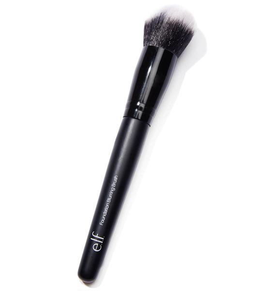 E.L.F Selfie Ready Foundation Blurring Brush