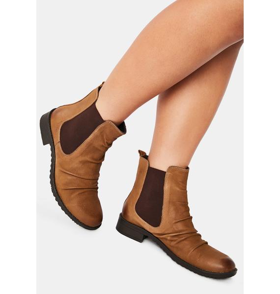 Chelsea Crew Black Label Tan Trail Nubuck Chelsea Boots