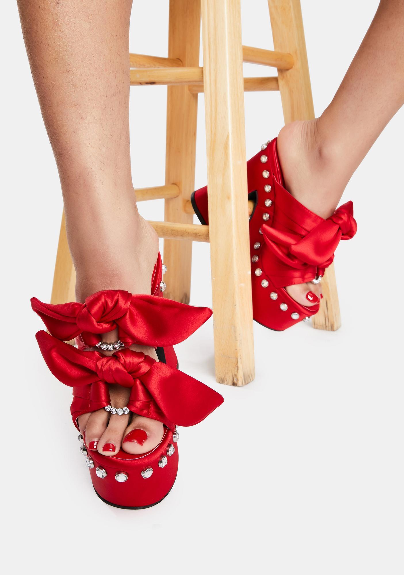 Sugar Thrillz Lover Strike A Pose Bow Mule Heels
