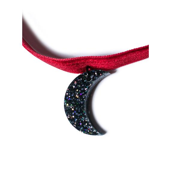 Suzywan Deluxe Simple Moon Velvet Choker