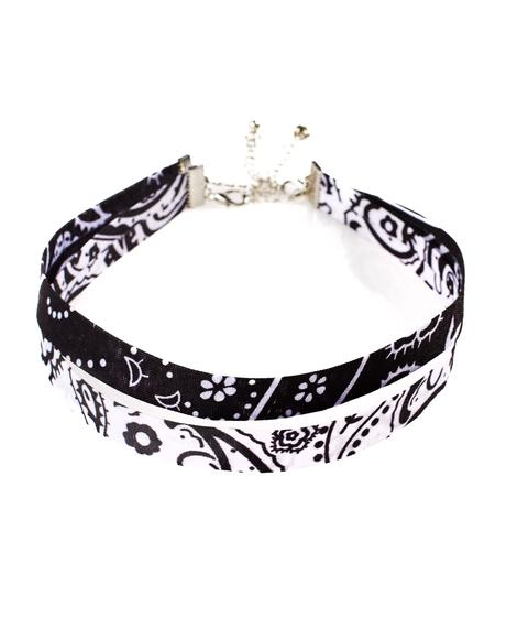 Paisley Punch Choker Set