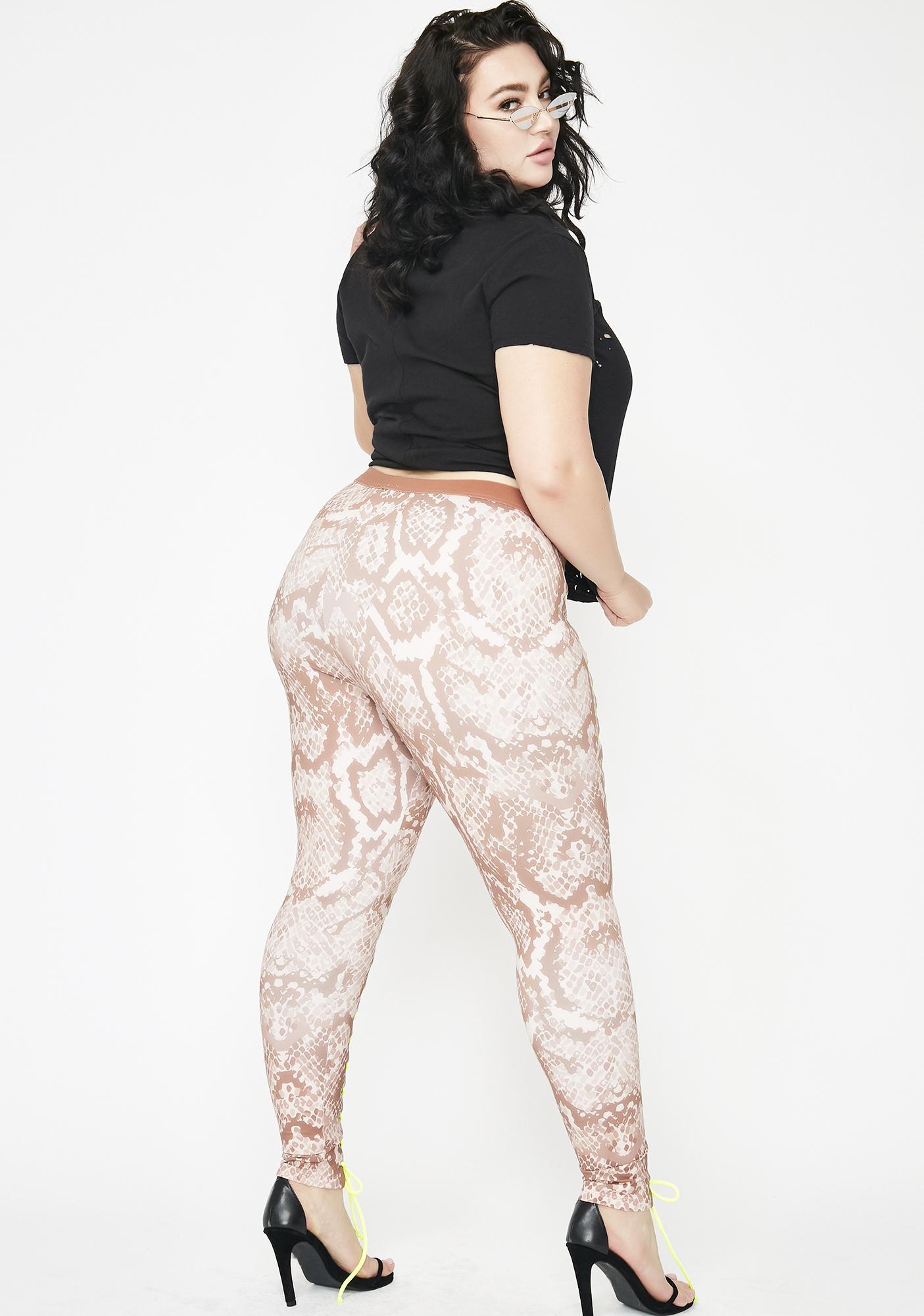 4517925c16 Plus Size Poster Grl Mad Ish Talker Nancy Corset Leggings