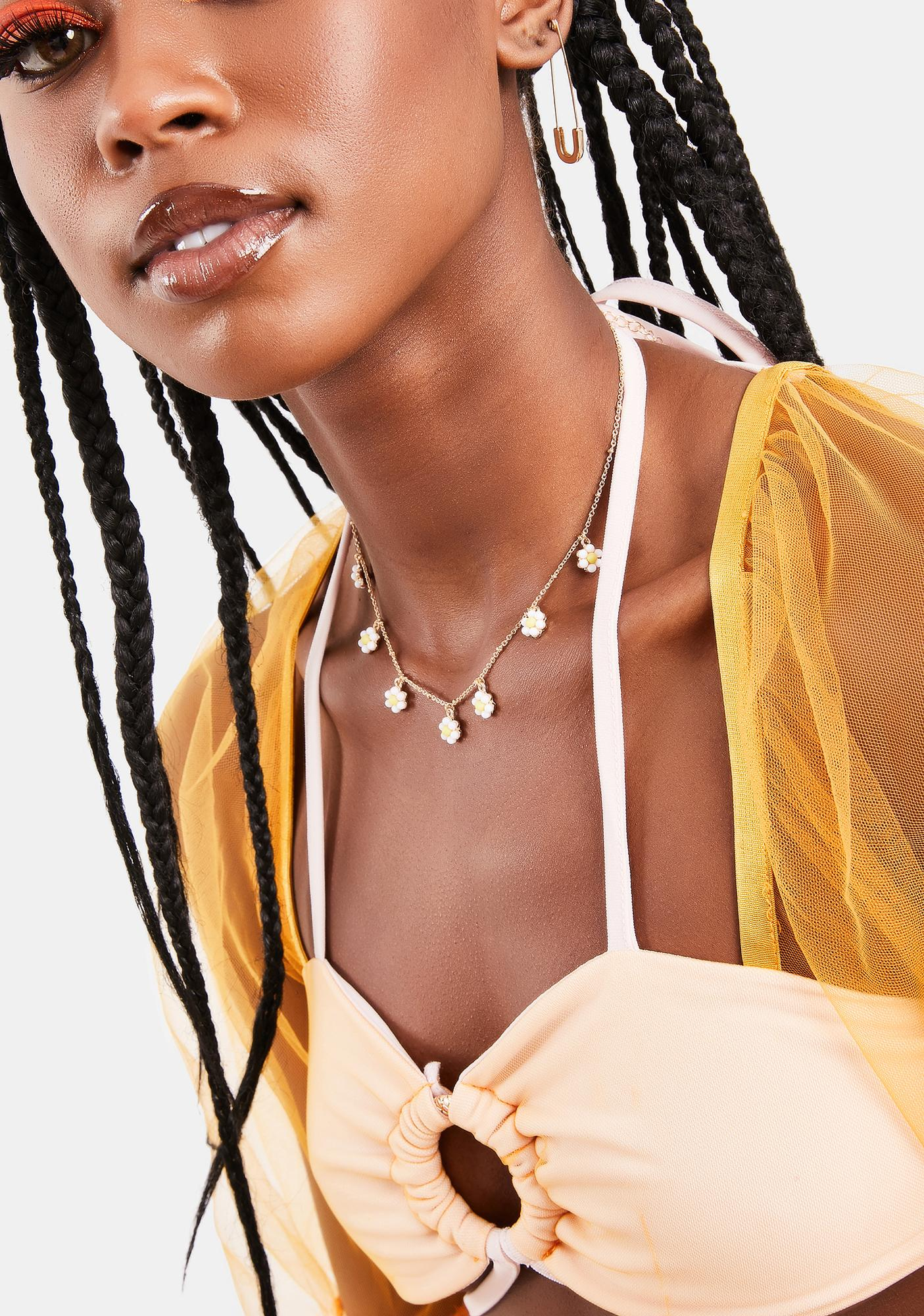 Luv Me Not Daisy Chain Necklace