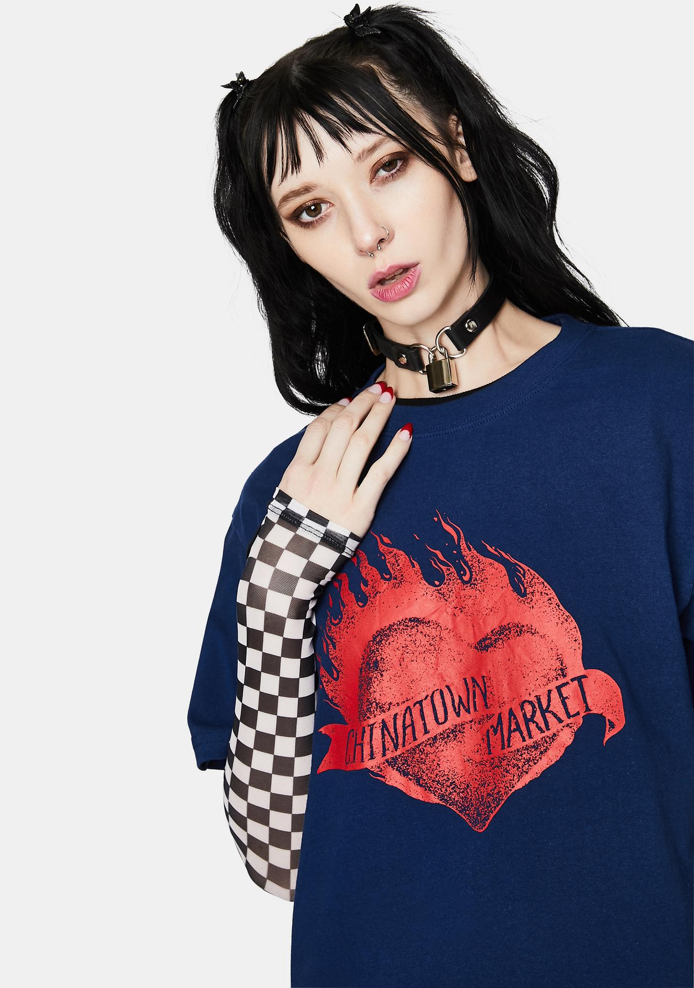 CHINATOWN MARKET Heart Graphic Tee