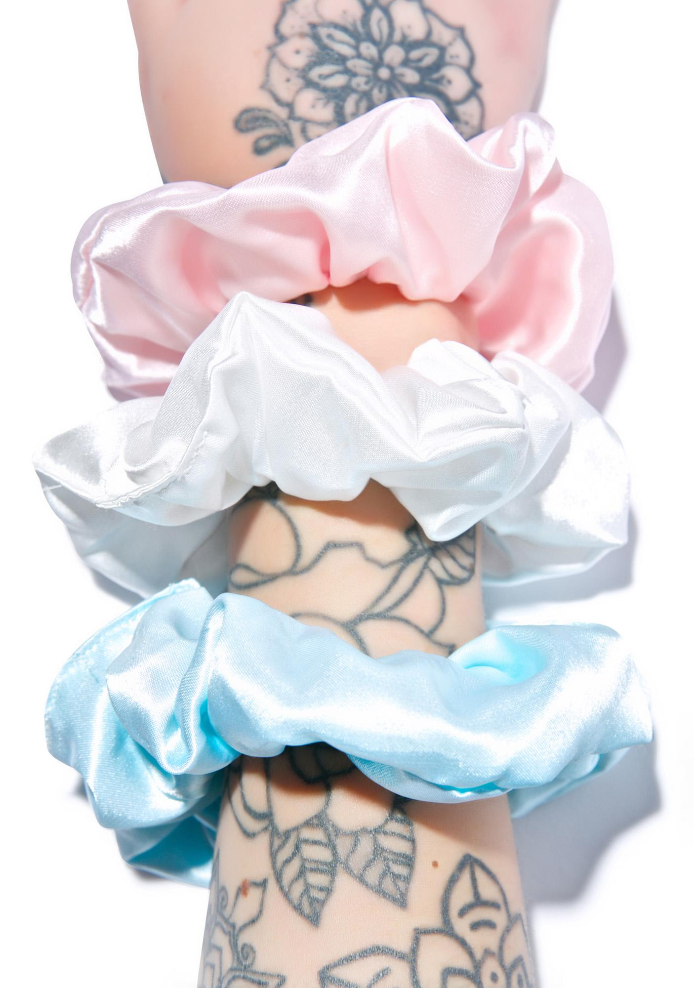 O Mighty Babygirl Scrunchie Set