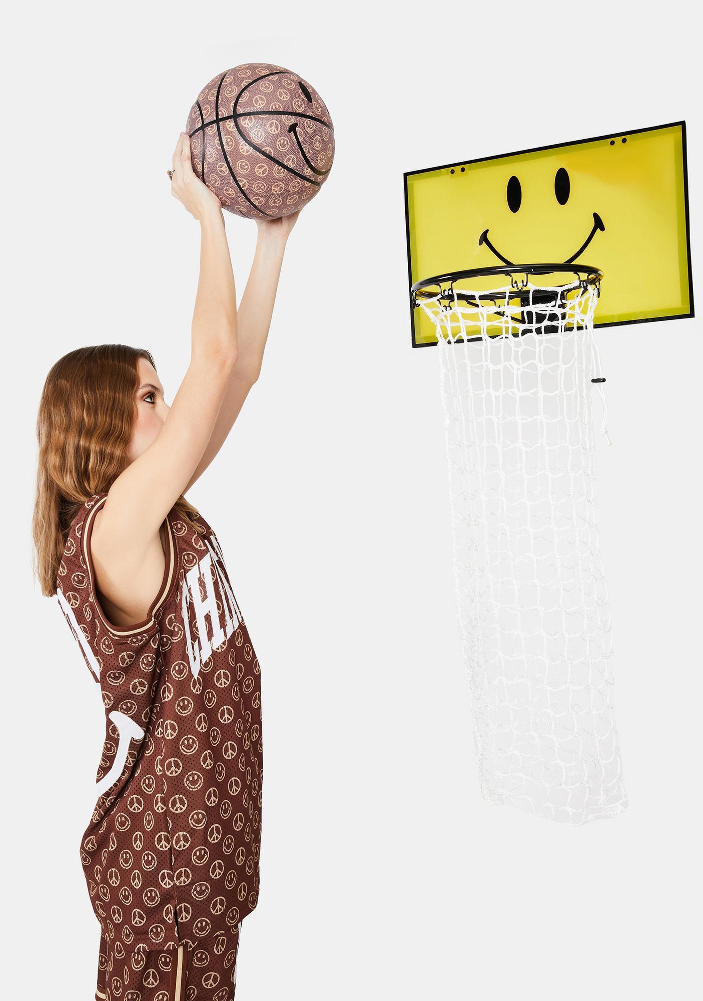 CHINATOWN MARKET Smiley Basketball Hamper
