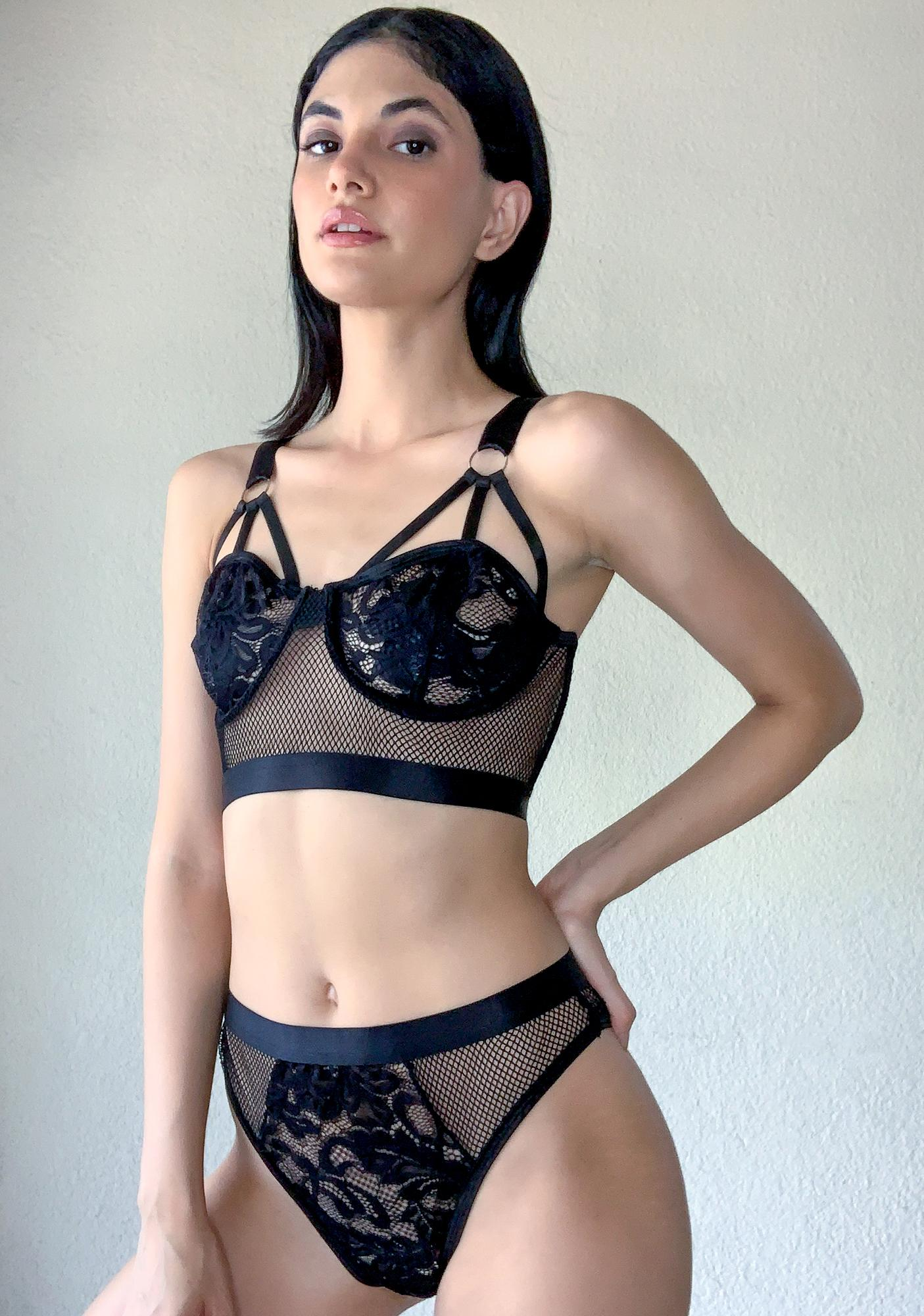 Poster Grl Can't Be Bought Bra Set