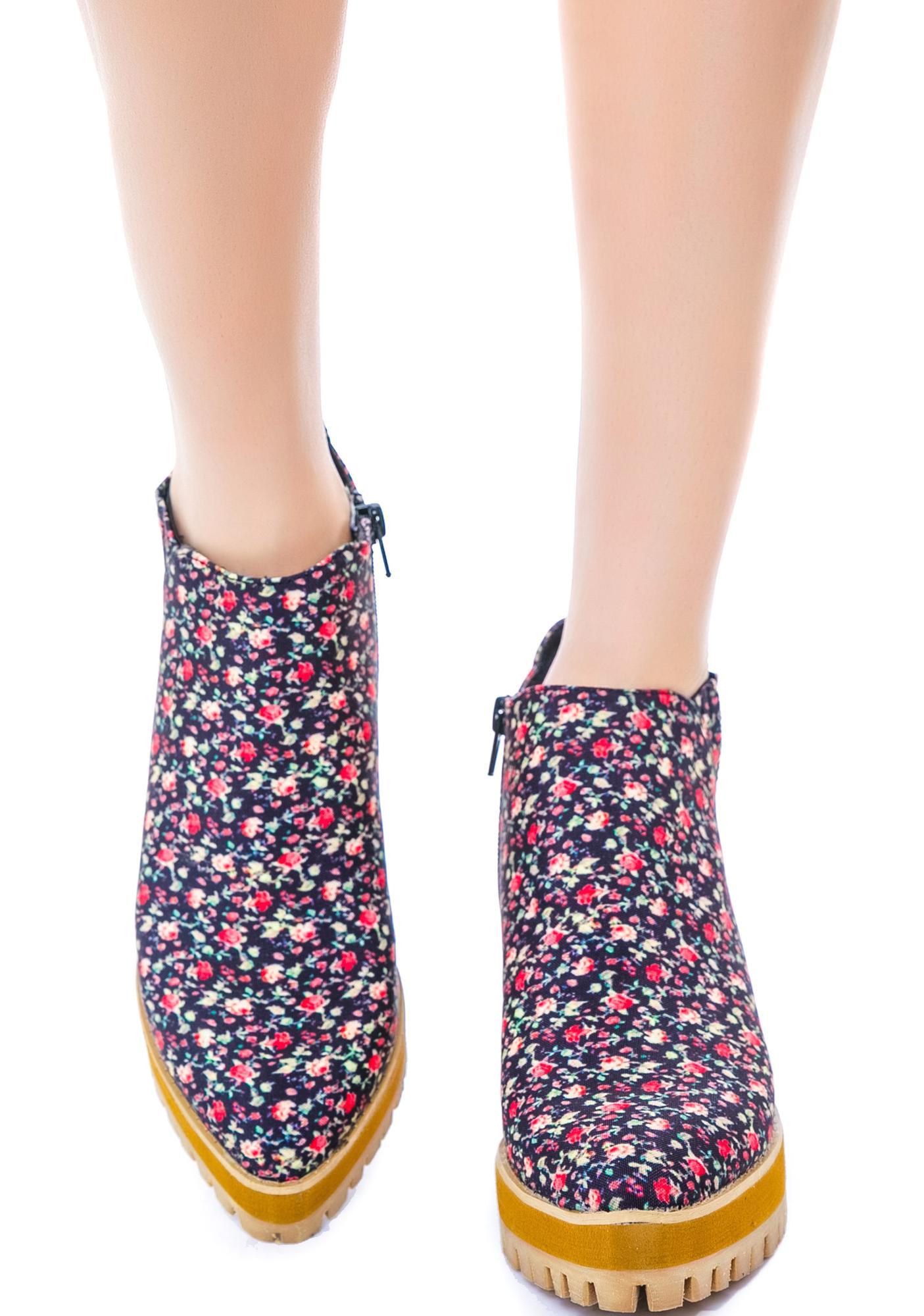 Y.R.U. Floral Wolf II Boots