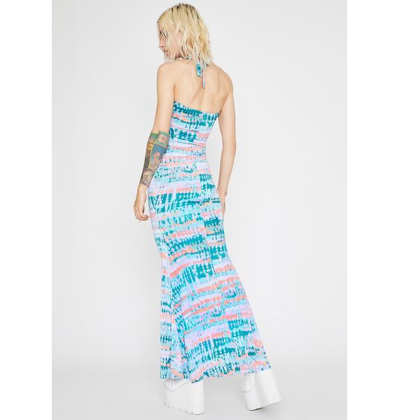 Wavy Tales Maxi Dress