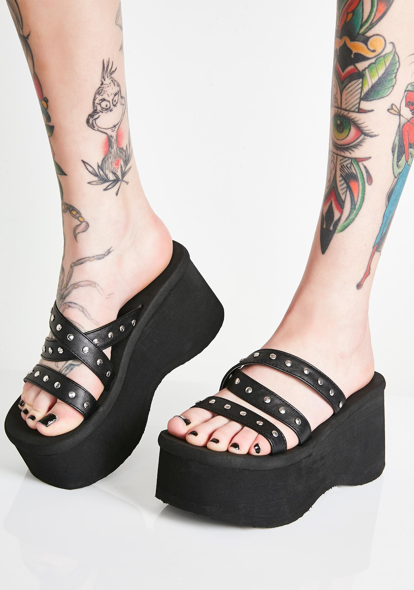 385347eff7e Demonia Goth Beach Platform Sandals