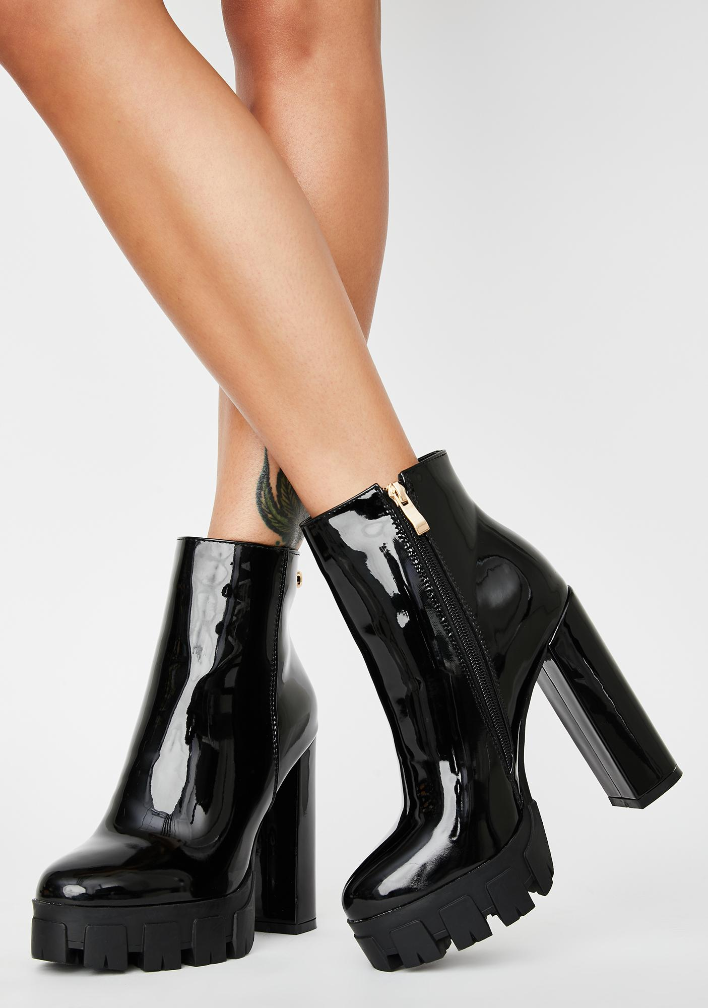 AZALEA WANG Black Patent Quake Heeled Boots