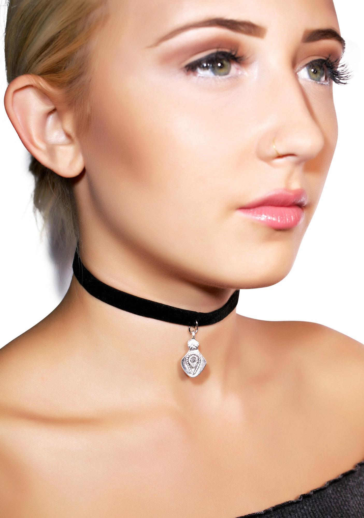Vanessa Mooney Black Teardrop Charm Velvet Choker