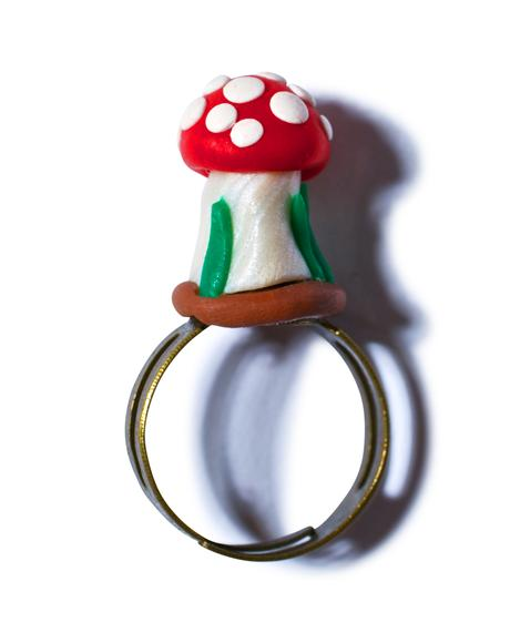 Growing Mushroom Ring