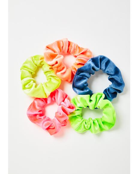 Don't Be Tardy Scrunchie Set