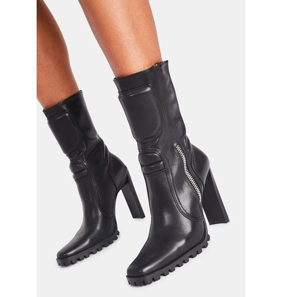 Poster Grl Runway Takeover Moto Boots