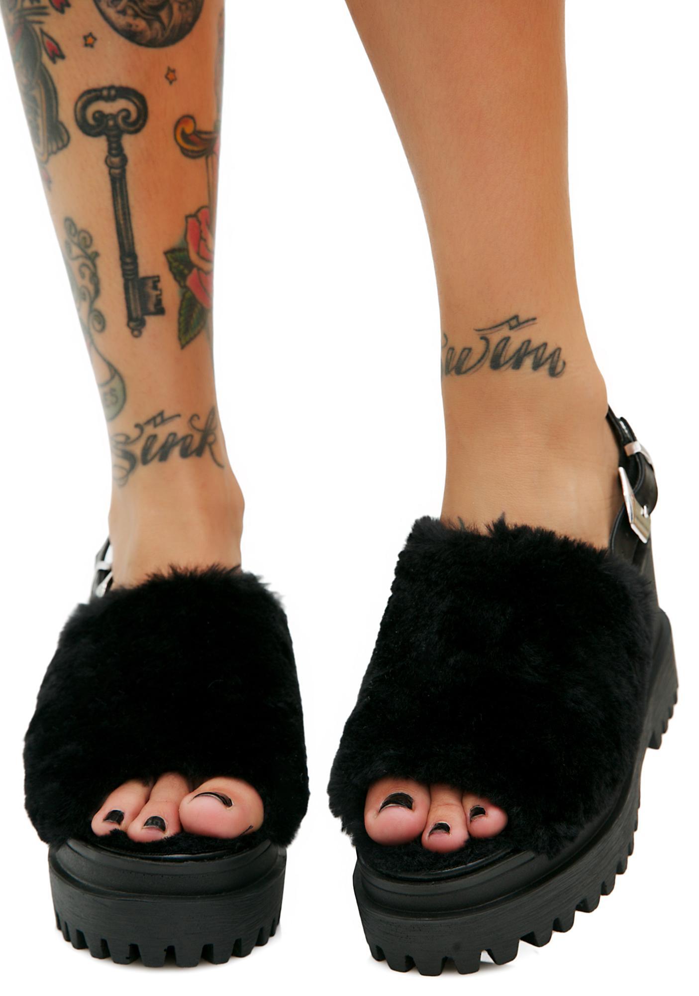 Panna Fuzzy Buckle Slides