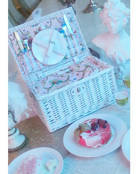 Angel Sugar N' Spice Picnic Basket