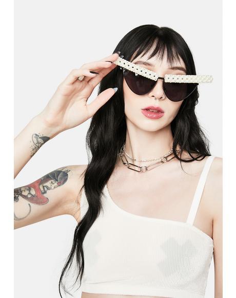 Noir U Come in Clutch Pearl Cat Eye Sunglasses