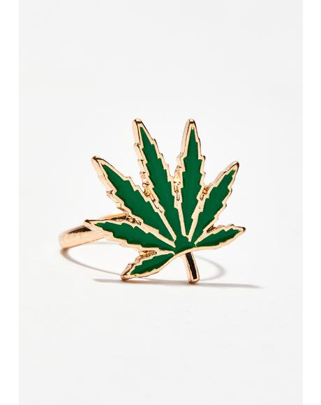 Aim High Weed Leaf Ring