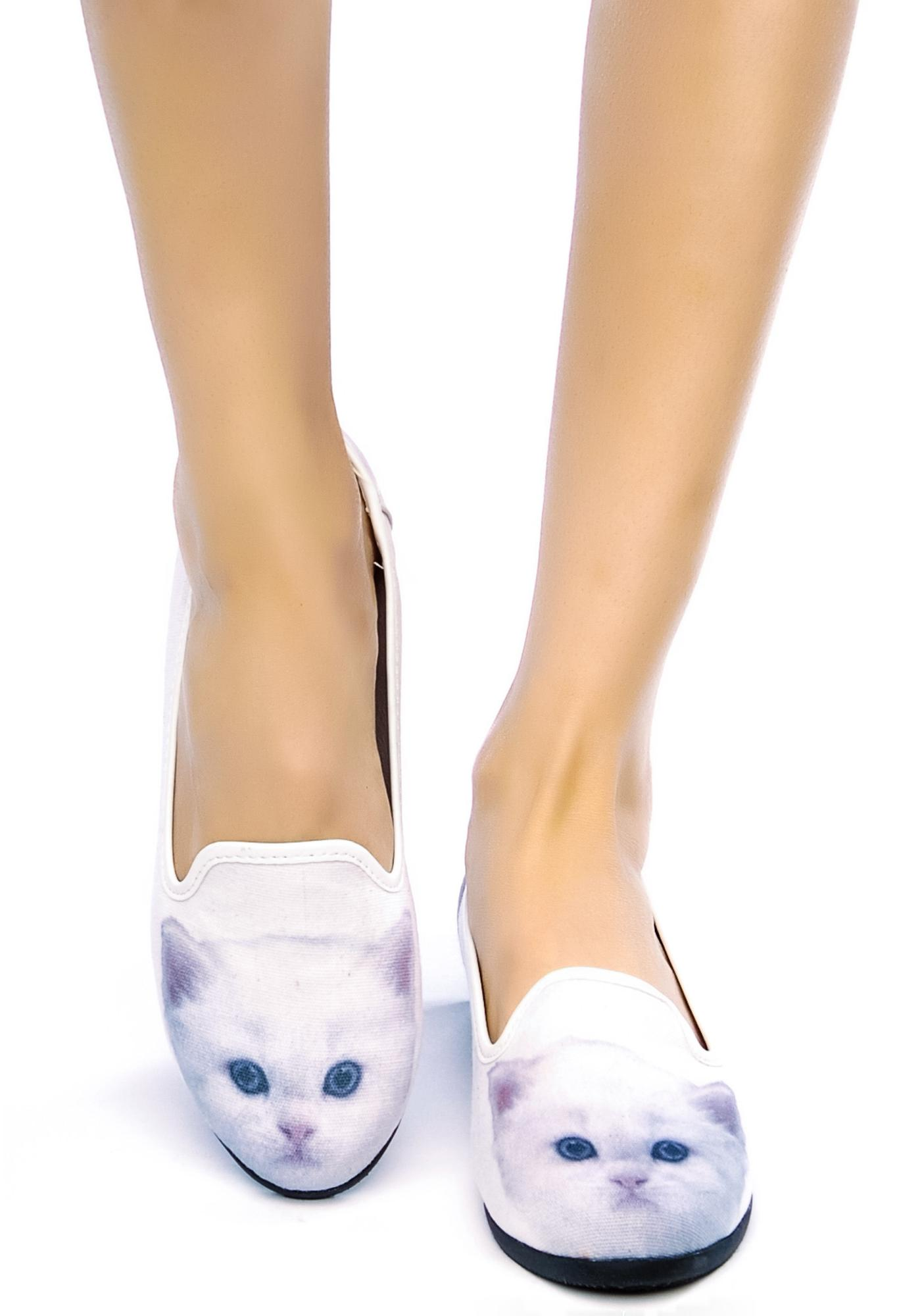 Y.R.U. White Kitty Lowf Flats