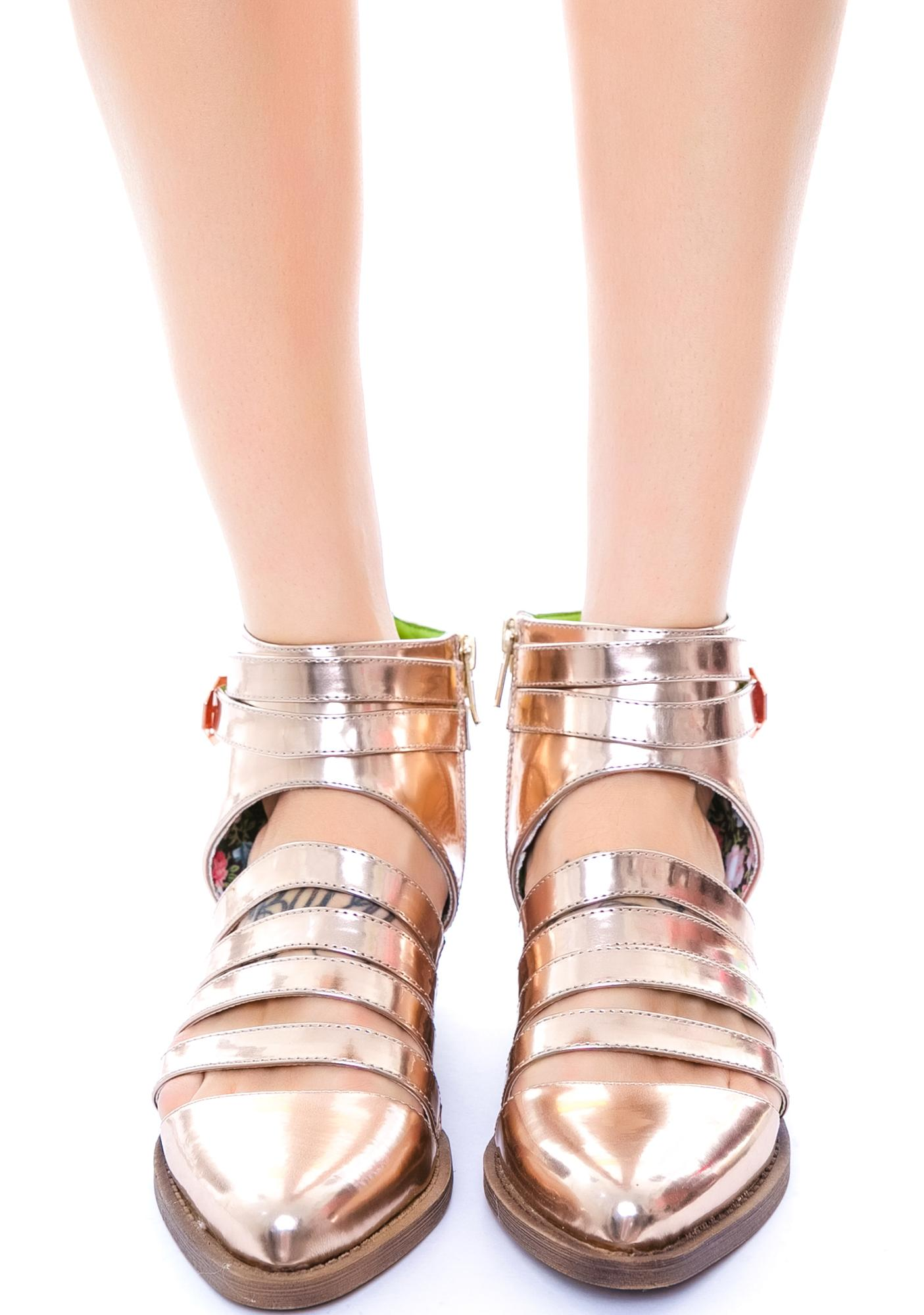 Y.R.U. Xena Shoes