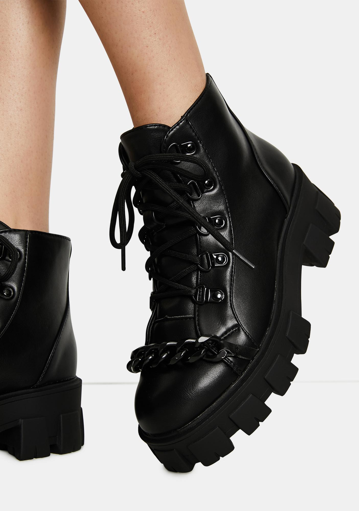 Chain on the Line Boots