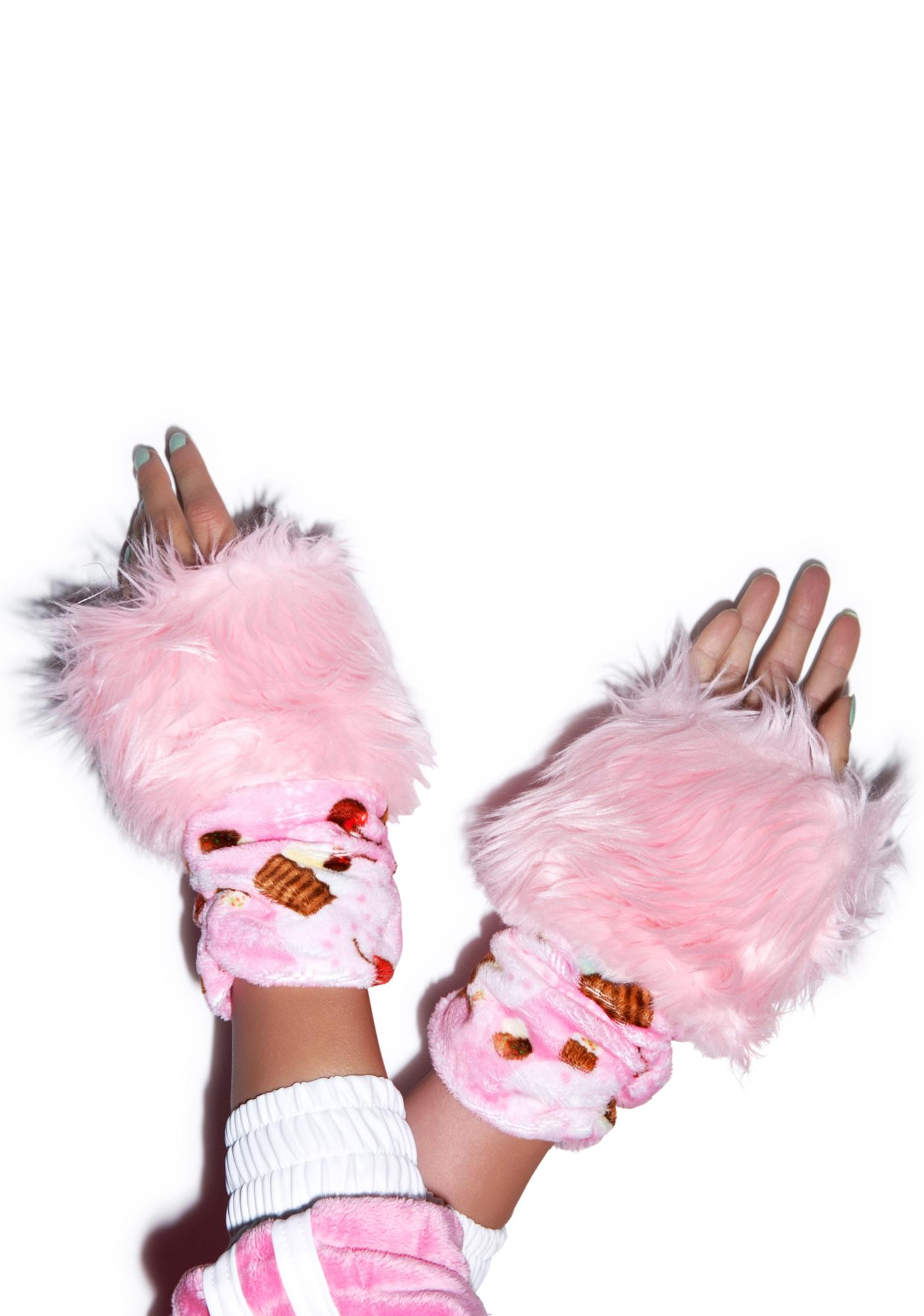 J Valentine Cupcake Treat Gloves