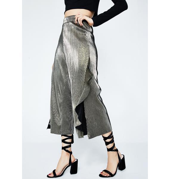 Shimmery Frills Crop Pants