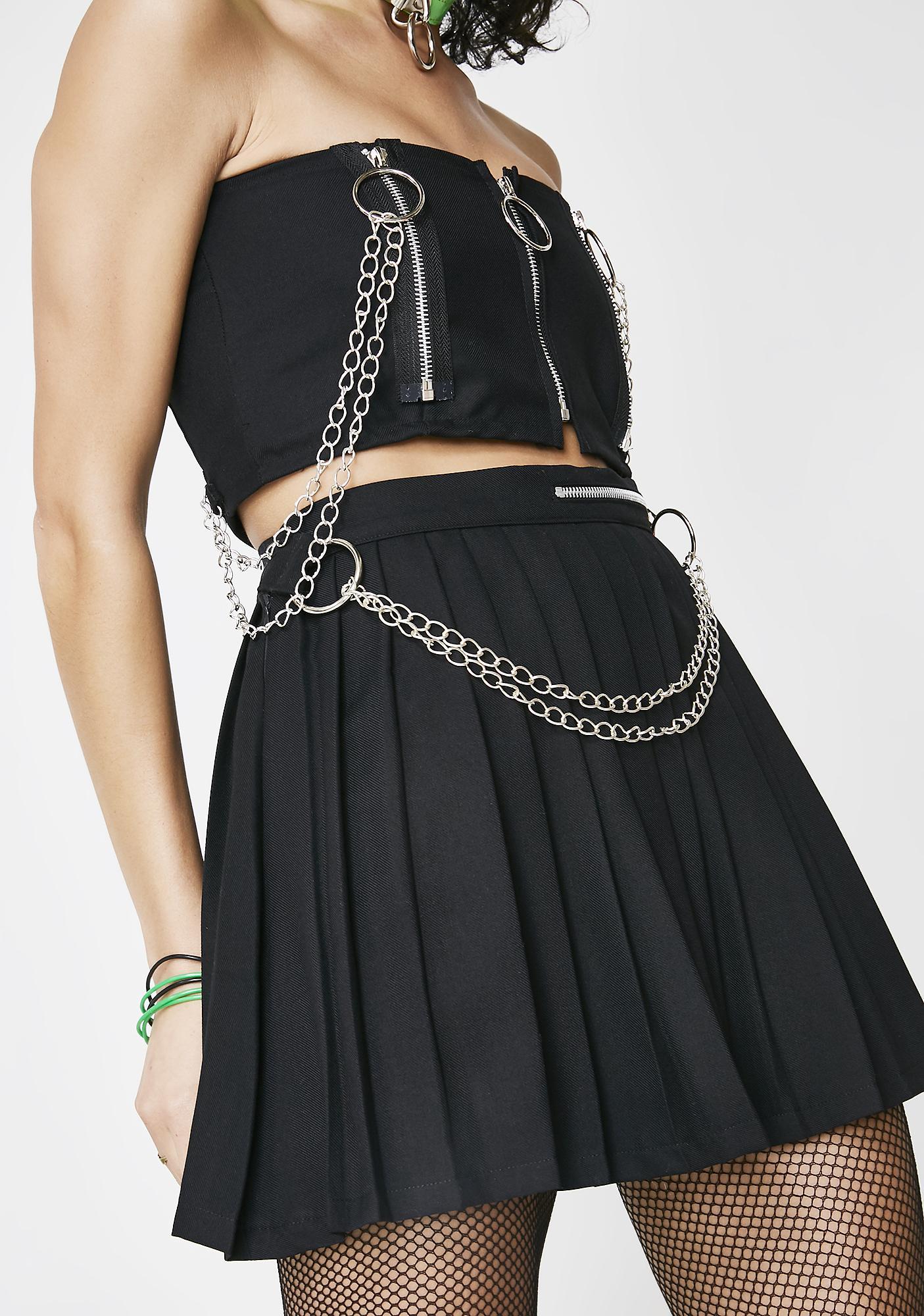 LOVE TOO TRUE Black Pleated Chain Skirt