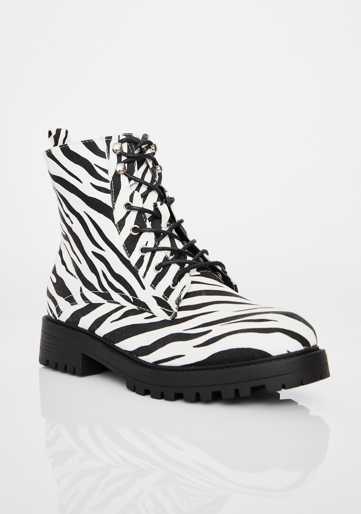 Buck Off Combat Boots
