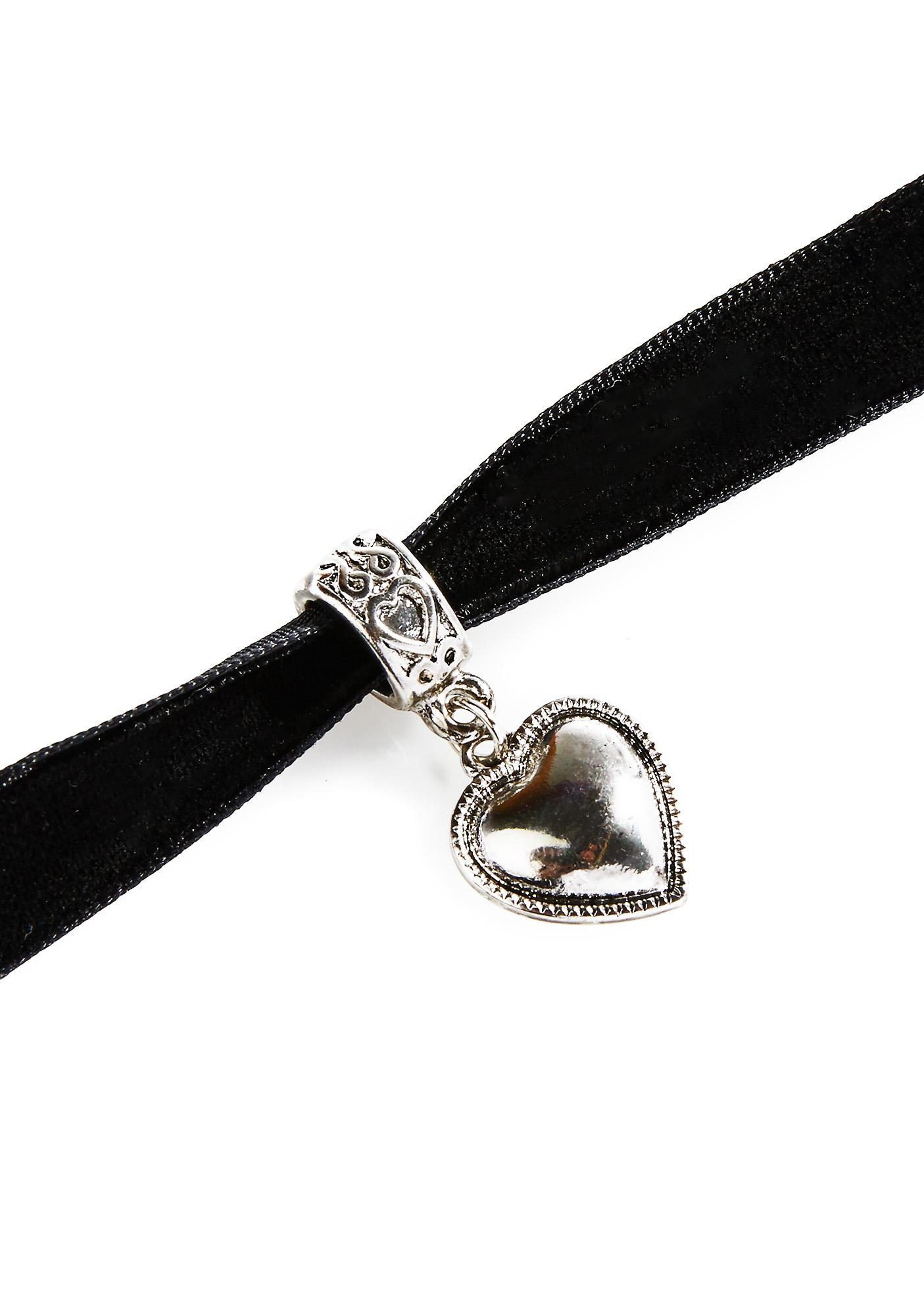 Timid Heart Velvet Choker