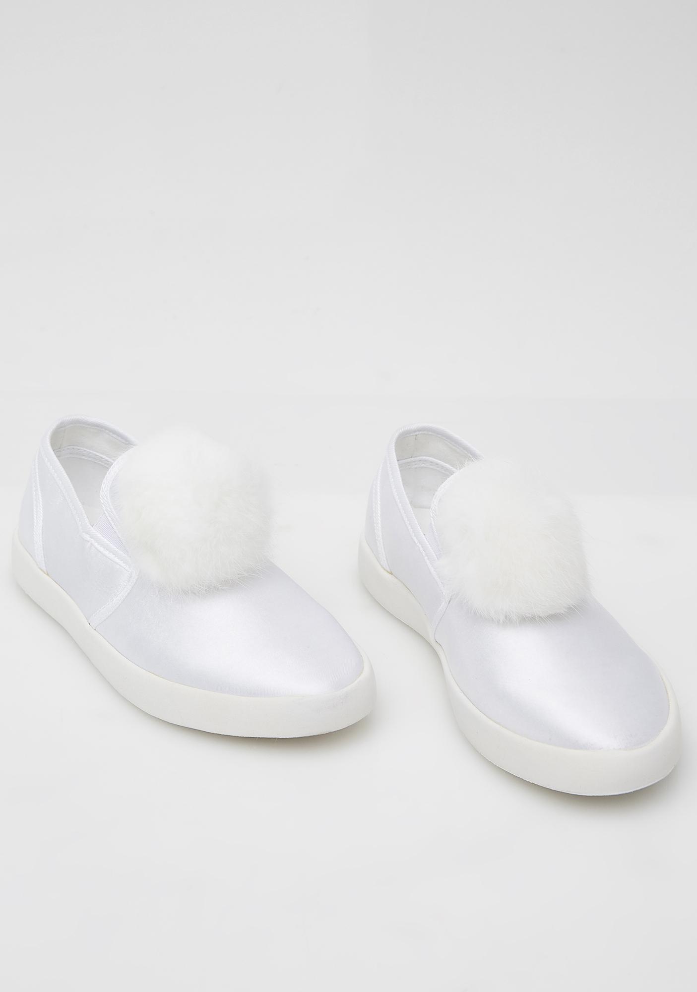 Y.R.U. Icy Pom Pom Shoes