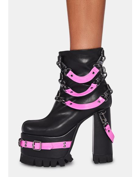 Close Contact Platform Boots