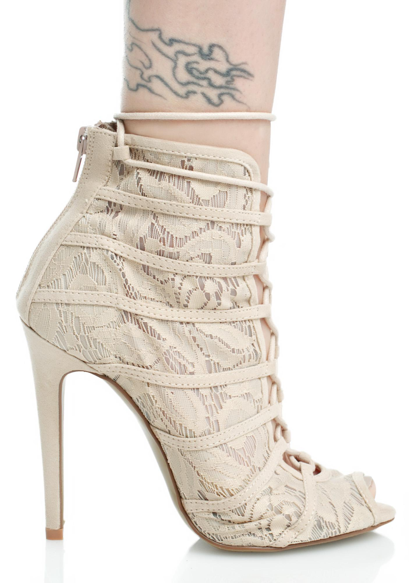 Chinese Laundry Ride For U Lace-Up Heels