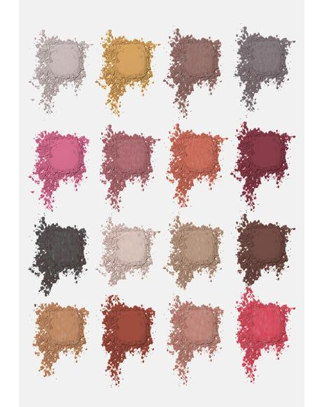 #MakeItSlay 003 Create Yo Scelf Eyeshadow Palette