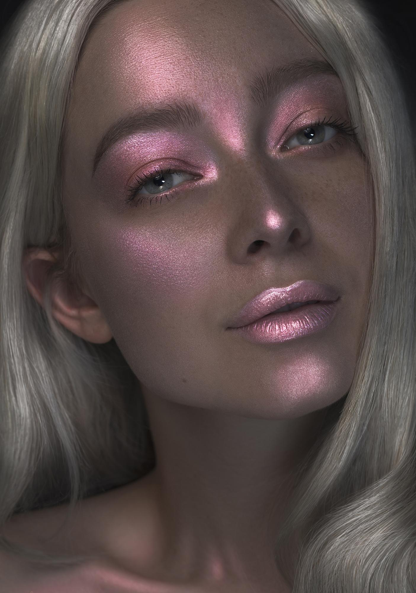 Glitter Injections Vanity Vaccine Highlight Dose