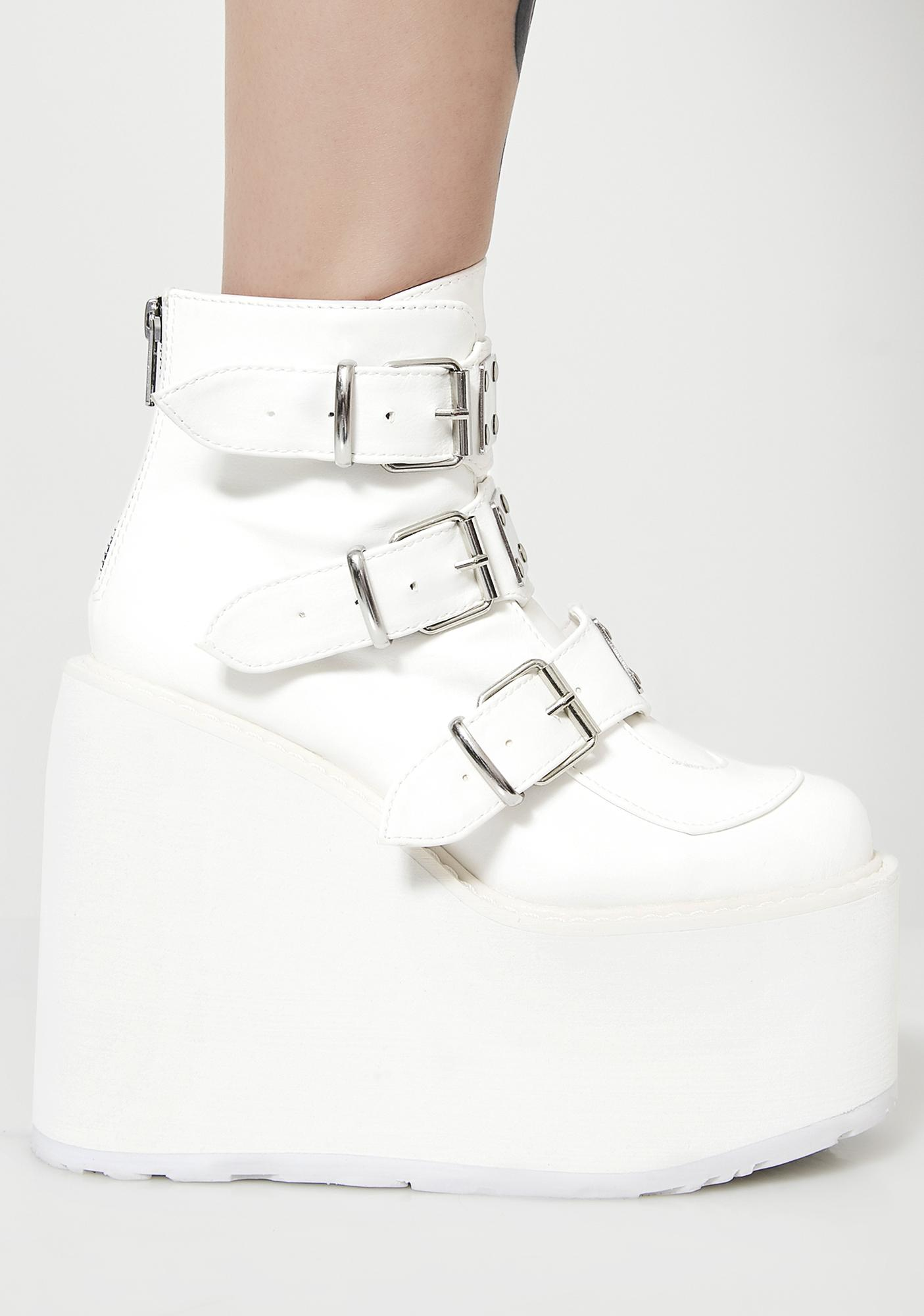 Demonia Icy Low Trinity Boots