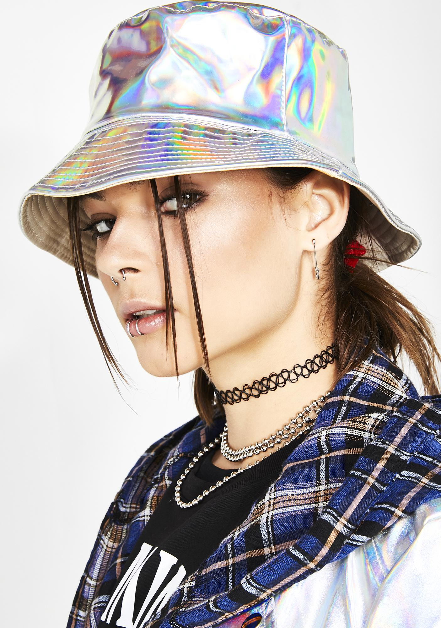 Reversible Holographic Bucket Hat  314ccbc49516