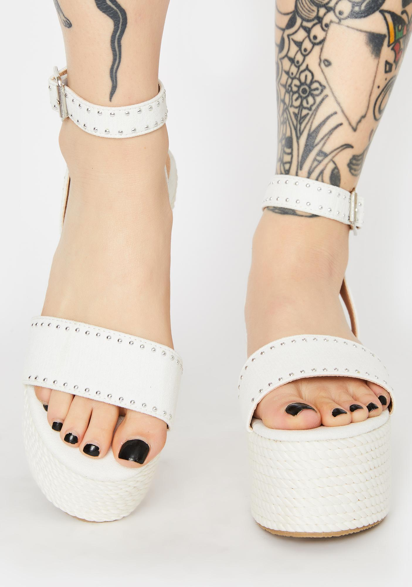 Chill Way Above It Platform Sandals