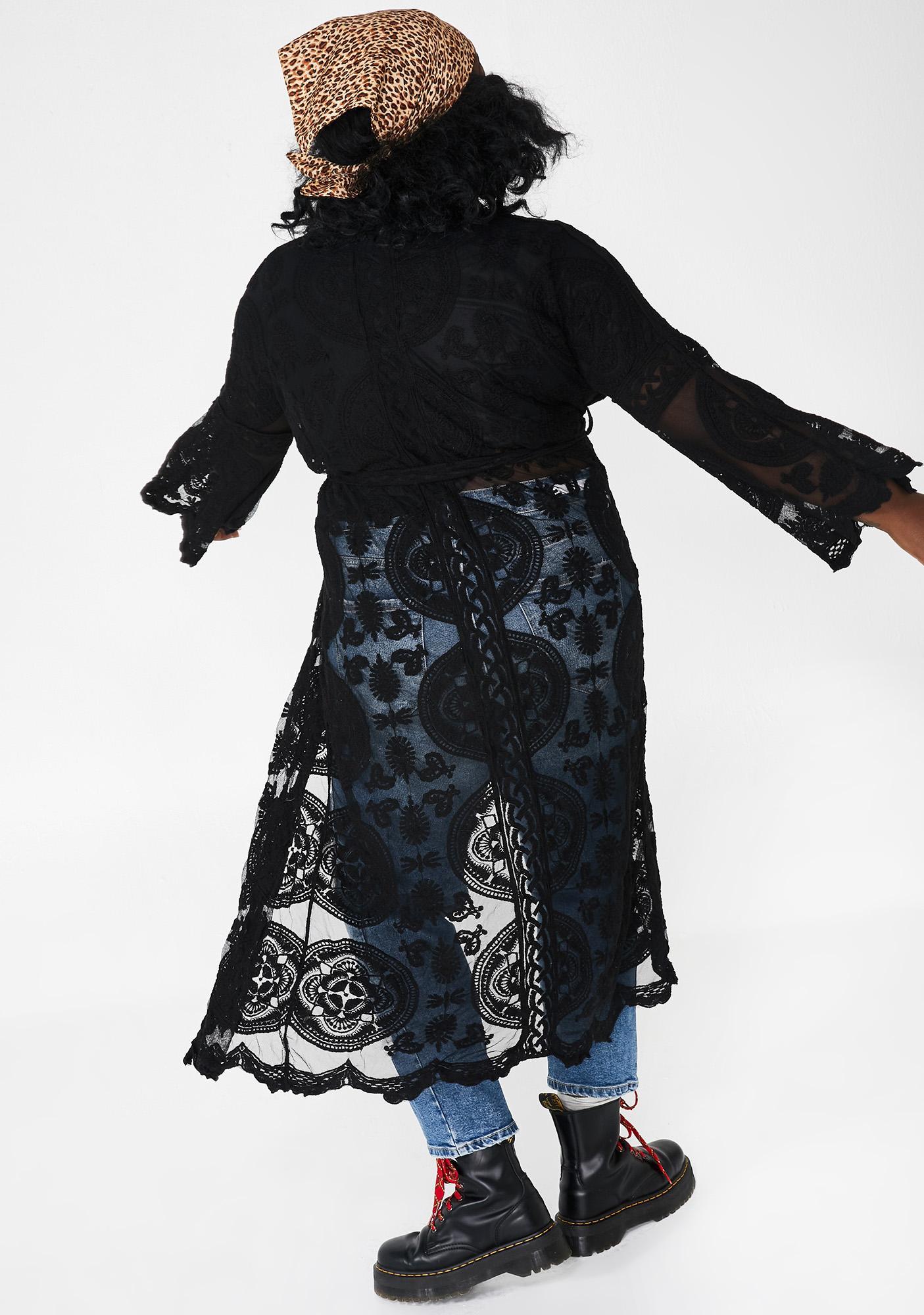 Going Atomic Realm Lace Kimono