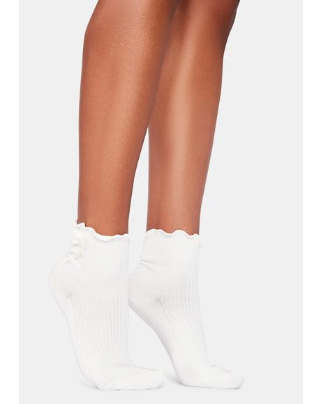 Hello Dolly Ruffle Bow Ankle Socks