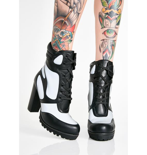 Poster Grl Super Fly Reflective Booties