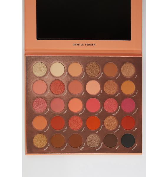 Kara Beauty Gentle Teaser Eyeshadow Palette