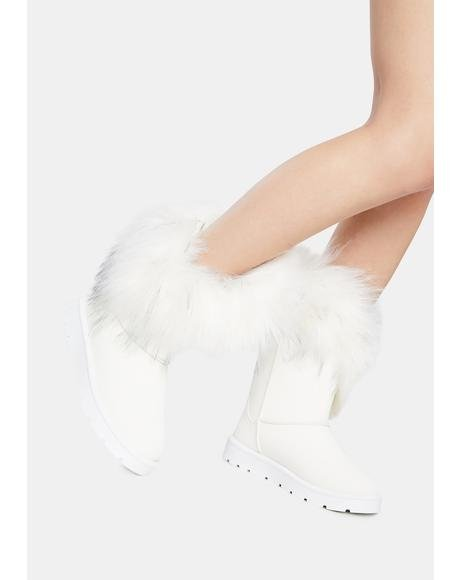 Pure Frosty Fatal Frost Bite Faux Fur Boots