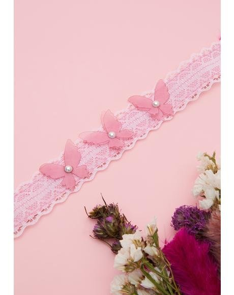 Pretty Wing Messages Lace Choker