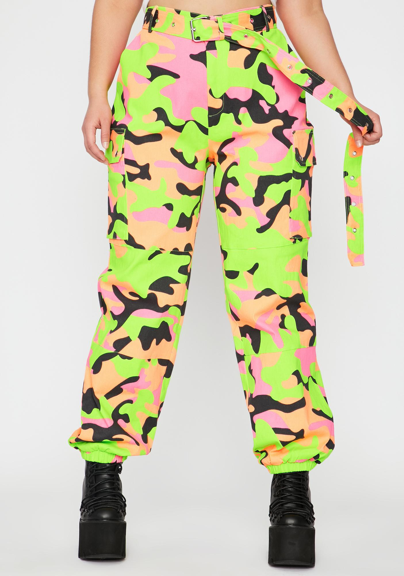 KISS ME LIPS Mini Kleid in NEON CAMOUFLAGE Look