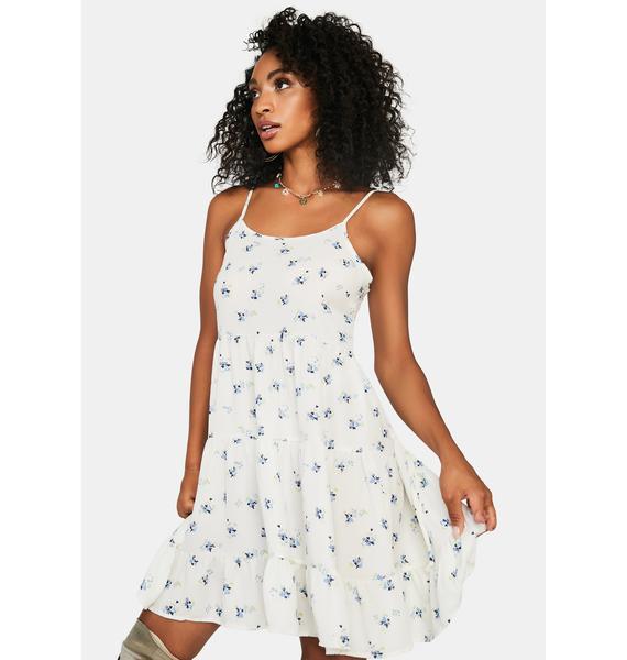 Innocent Picnic Date Floral Dress