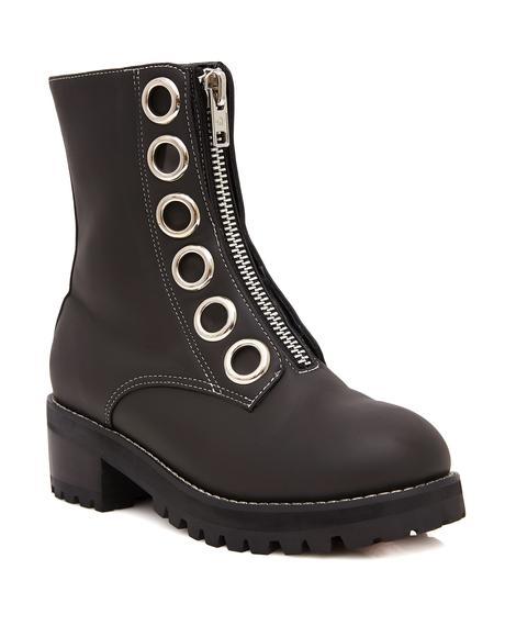 Elizabeth Boots