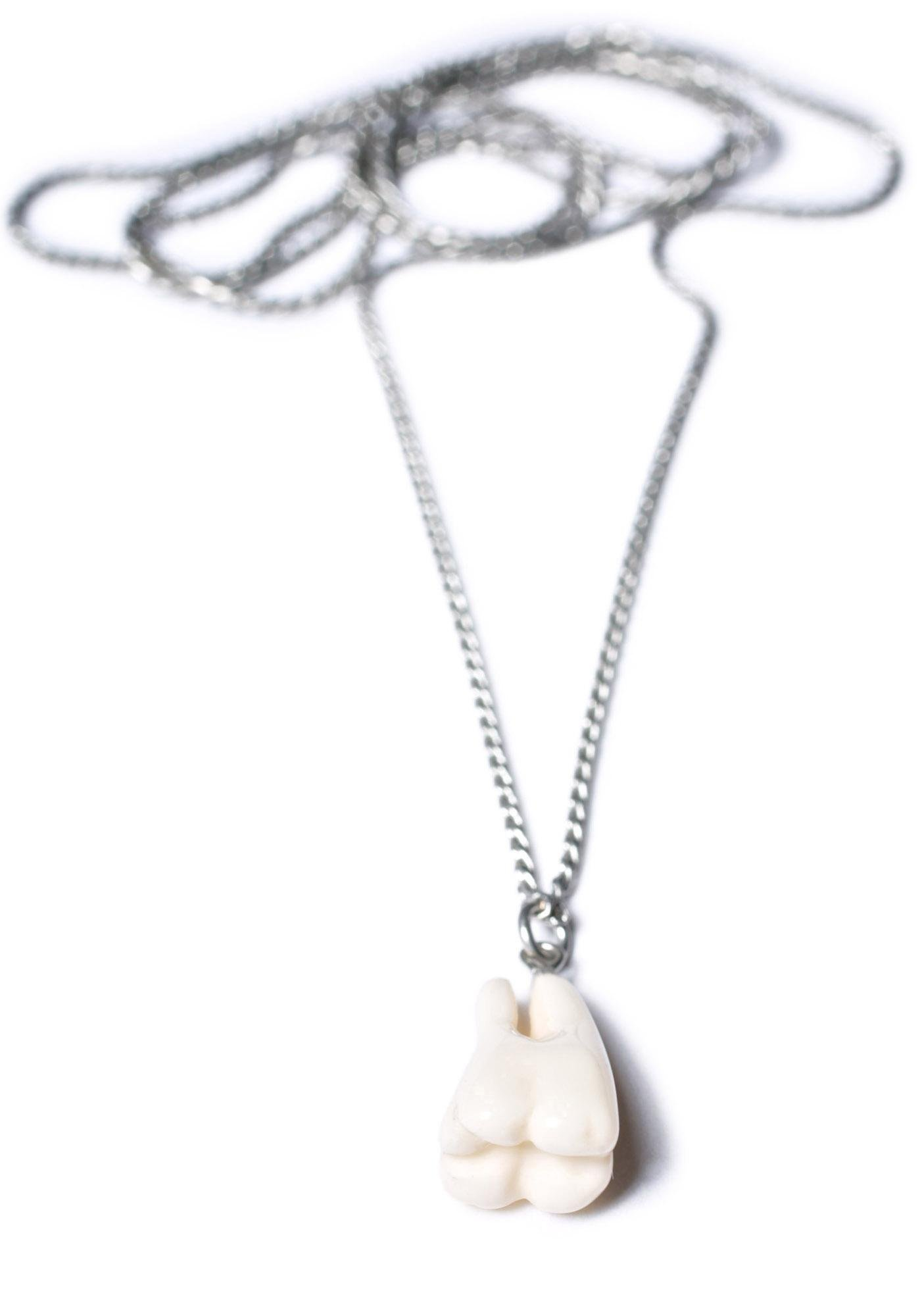 Cheap Monday Tooth Necklace