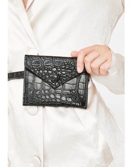 Baesic Clapback Belt Bag